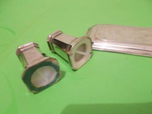 Micut  SET ARGINTAT  recipiente SARE si PIPER , solnite