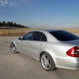 Mercedes Benz E220, 220, Motorina/Diesel, Berlina