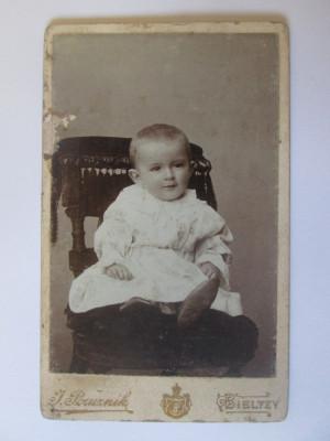 Rară! Fotografie pe carton 107 x 67 mm studio Cernăuți(ocup.Austriaca) cca.1900 foto