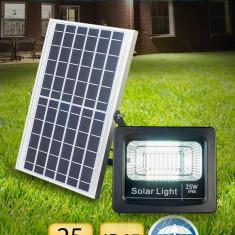 Proiector LED solar 25W, OptonicaLED,500 lumeni, lumina alba rece 6000K