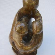 Frumoasa scultura din piatra semipretioasa, posibil aragonit, Nuduri, Europa
