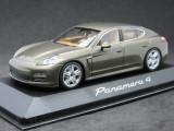 Macheta Porsche Panamera 4 Minichamps 1:43