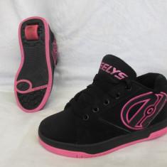 Adidasi / pantofi cu roti / role HEELYS  , marime 33 (20 cm)