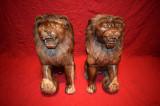 Impozant set de 2 sculpturi .Lei din lemn masiv 53 cm