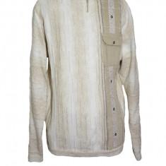 Pulover tricotat cu maneca lunga, de culoare bej, cu buzunar