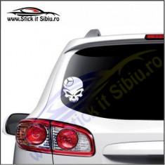 Skull Mercedes-Benz -Stickere Auto-Cod:VIS-081-Dim.  15 cm. x 11.9 cm.