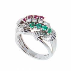 Inel aur alb 14K, model vegetal, cu smaralde, rubine si diamante