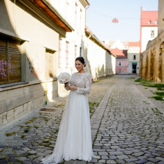 Vând Rochie Mireasă Și voal NATALIA VASILIEV