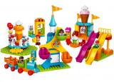 Cumpara ieftin LEGO Duplo - Parc mare de distractii 10840