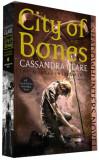 City of Bones, Chroniken der Unterwelt Bd.1 Cassandra Clare, +14 ani