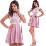 Rochie de ocazie scurta roz cu corset brodat cu flori