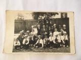 Fotografie veche grup de pionieri, anii 50-60, 13,5x8,5 cm