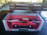 1968 Shelby GT-500KR Ford Mustang - Road Signature Collection -  Scara 1:18