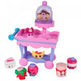 Cumpara ieftin Set cu 8 Figurine Carucior si mini dulciuri Shopkins, D'lish Donut &..., Moose