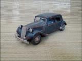 Macheta Citroen 15CV 6 Cyl (1952) 1:18 Maisto