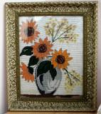 1974 Tablou Goblen Floarea soarelui in vaza, fir matase rama deosebita cu sticla
