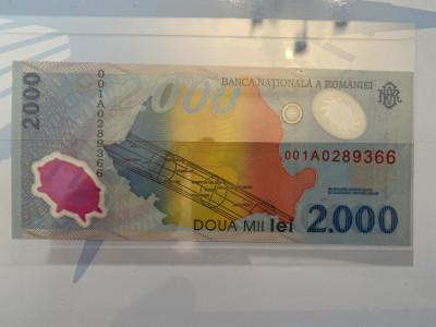 Bancnote 2000 lei ECLIPSA TOTALA DE SOARE 1999 foto