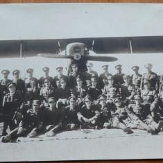 Aviatori romani langa avion , anii 20