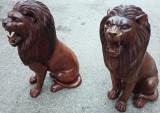 Set de 2 sculpturi lei din lemn masiv  dintr-o singura bucata de lemn
