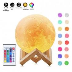 Lampa Luna 3D Multicolora cu Telecomanda si Suport Lemn 12 CM