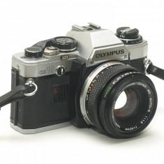 Olympus OM-10 cu obiectiv Zuiko 50mm f1.8 - Stare foarte frumoasa!
