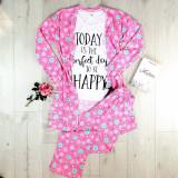 Cumpara ieftin Set pijama dama 3 piese alcatuit din tricou + pantaloni lungi + halat roz cu imprimeu Perfect Day