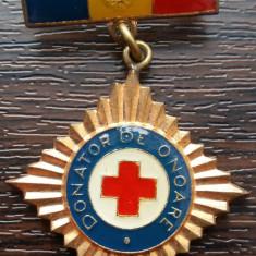 INSIGNA ROMANIA - DONATOR DE ONOARE, CU BARETA, PERIOADA RSR