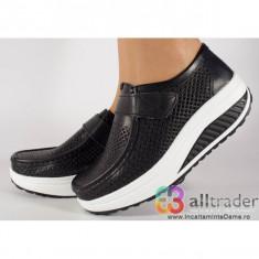 Pantofi negri perforati piele naturala talpa convexa dama/dame/femei (cod AC019-32V2P)