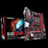 Placa de baza Gigabyte B450M GAMING, AMD B450, 2 x DDR4 DIMM socketssupporting up to 32 GB of system memory, Support for DDR4 32
