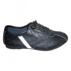 Adidas tineresc, culoare neagra, piele naturala de calitate