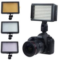 Lampa foto - video cu Led model CN-160 cu picior reglabil + 2 filtre