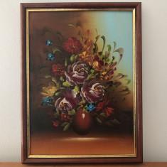 Tablou,pictura in ulei,vaza cu flori,rama din lemn