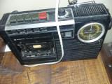 Radio casetofon  SANYO Vechi,,stare cum se vedeT.GRATUIT
