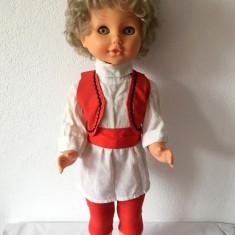 Papusa Aradeanca, 56cm, anii '80, par blond scurt, ochi verzi deschis