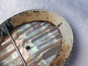MEDALION si BROSA argint CAMEE ONIX pe SCOICA ABALONE ornata SPLENDID VECHI rar