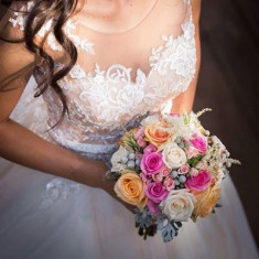 Vand rochie de mireasa tip printesa, Rochii de mireasa printesa