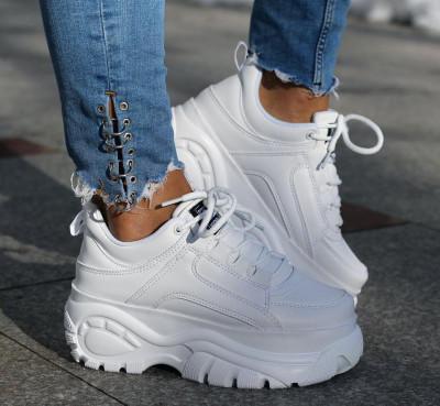 Adidasi albi cu platforma model 2019 foto