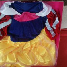 Costum Alba ca Zapada  3-5 ani
