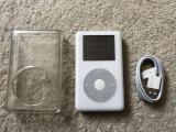 Ipod Classic 20gb+ carcasa protectie+cablu,baterie 8 ore volum maxim, 4th generation, 20 Gb, Alb