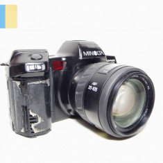 Minolta Dynax 7000i cu obiectiv Minolta AF Zoom 35-105mm f/3.5-4.5