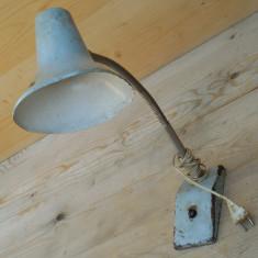 LAMPA MARE SI VECHE DE BANC / ATELIER - 2,5 KG