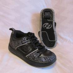 Adidasi / pantofi cu roti / role HEELYS  , marime 32 (19 cm), Negru