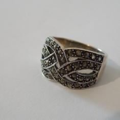 Inel argint cu marcasite -524