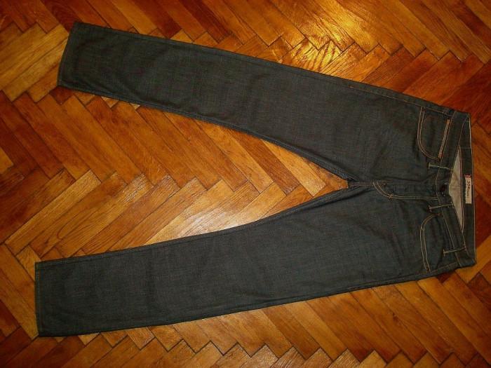 Blugi Levis 504 -Marimea W33xL34 (talie-90cm,lungime-116cm)