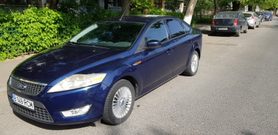 Ford Mondeo foto