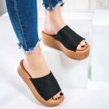 Papuci dama cu platforma negri Madisala