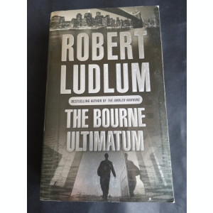 The Bourne Ultimatum - Robert Ludlum, Orion, 1990, 725 pag
