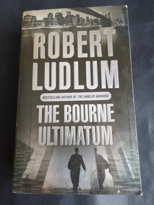 The Bourne Ultimatum - Robert Ludlum, Orion, 1990, 725 pag foto