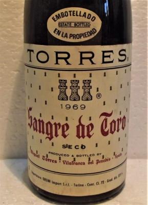 B 16- VIN TORRES, SANGRE DE TORO, SPAIN, recoltare 1969 cl 72 gr 13,5 foto