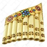 Nai cu 8-10 orificii decorat cu motive populare